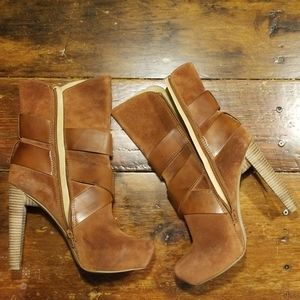 Jessica Simpson Distressed Leather boots